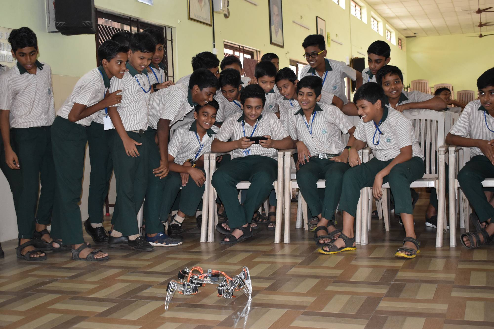 AL AMEEN ROBOTIC TRAINING